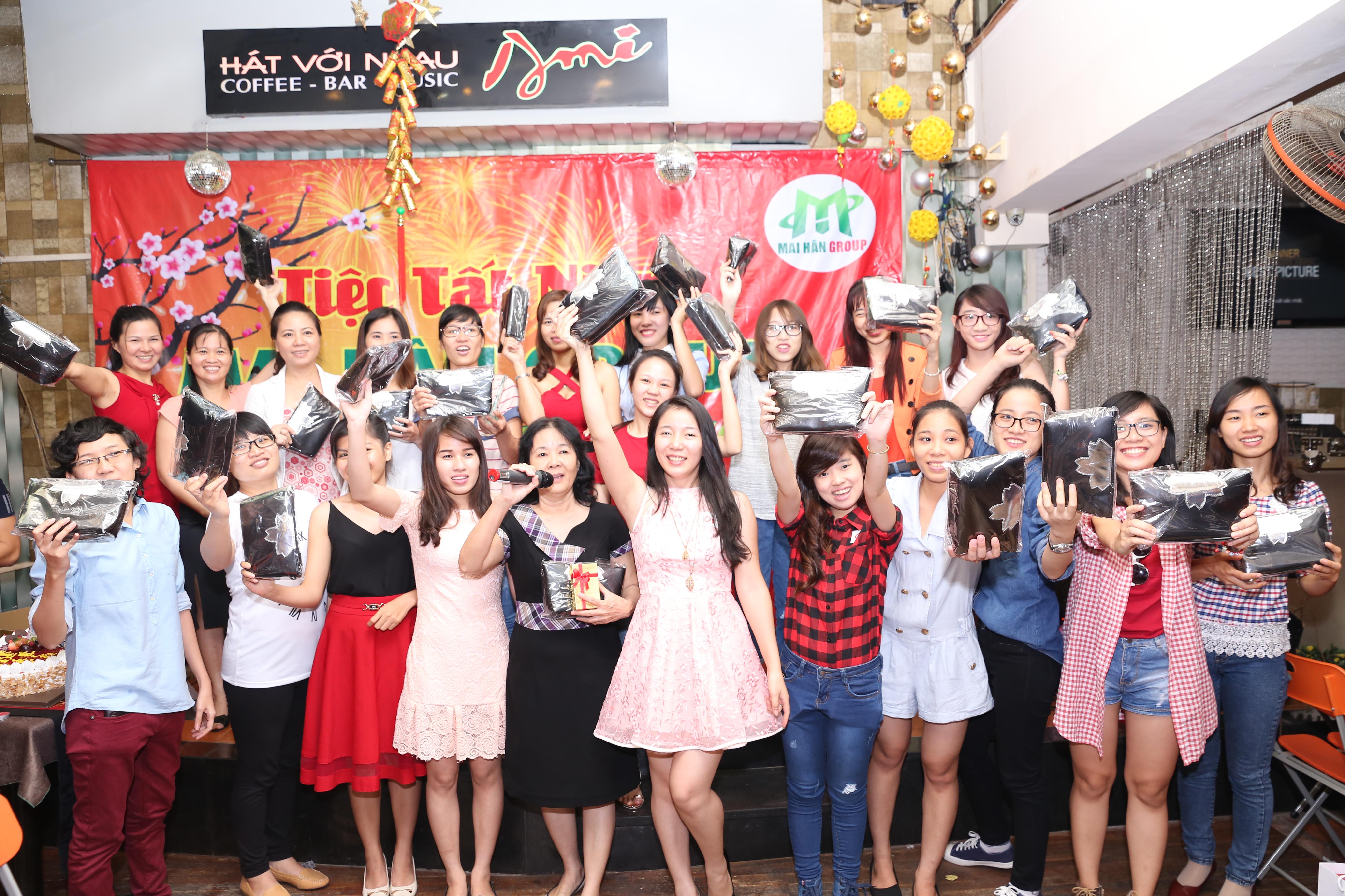 Mai Hân Group tưng bừng tiệc Tất Niên chào đón năm mới Bính Thân 2016