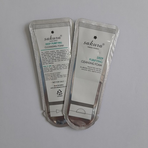 Sữa rửa mặt hỗ trợ phòng ngừa mụn cho da nhờn Sakura Purifying Cleanser (Sample)