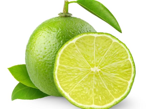 Chanh là loại trái cây chứa nhiều vitamin C tốt cho da