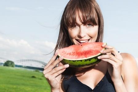3 loại thực phẩm được chứng minh mang lại sắc đẹp không dao kéo