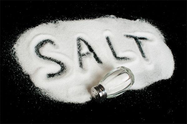 3 cách trị mụn rẻ mà hiệu quả cực tốt với muối
