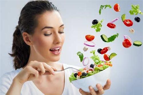 Chế độ ăn uống lành mạnh và khoa học là cách ngăn ngừa nám từ bên trong