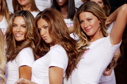 Phụ nữ Brazil luôn chú trọng đến làn da và nhan sắc mọi lúc mọi nơi