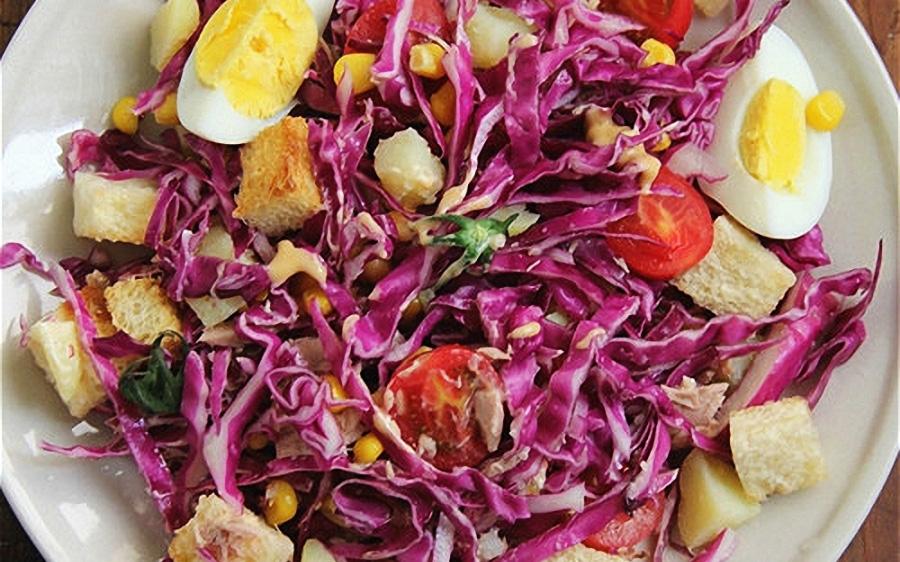 Salad bắp cải tím cực đơn giản để thực hiện tại nhà