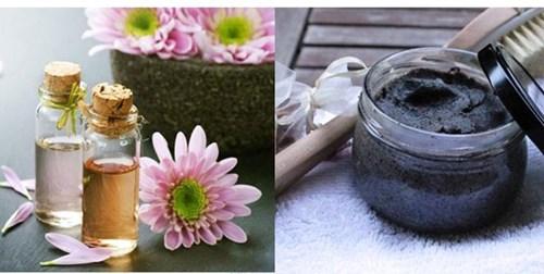Hỗn hợp bã cà phê và dầu dừa cho da mềm mịn tự nhiên