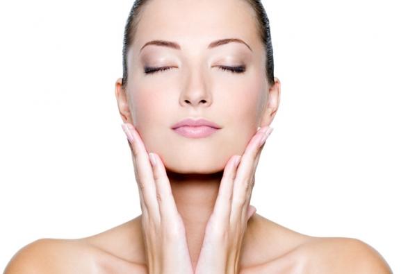 5 Bài Massage Da Mặt Tạo Hình V Line Không Cần Đụng Tới Dao Kéo