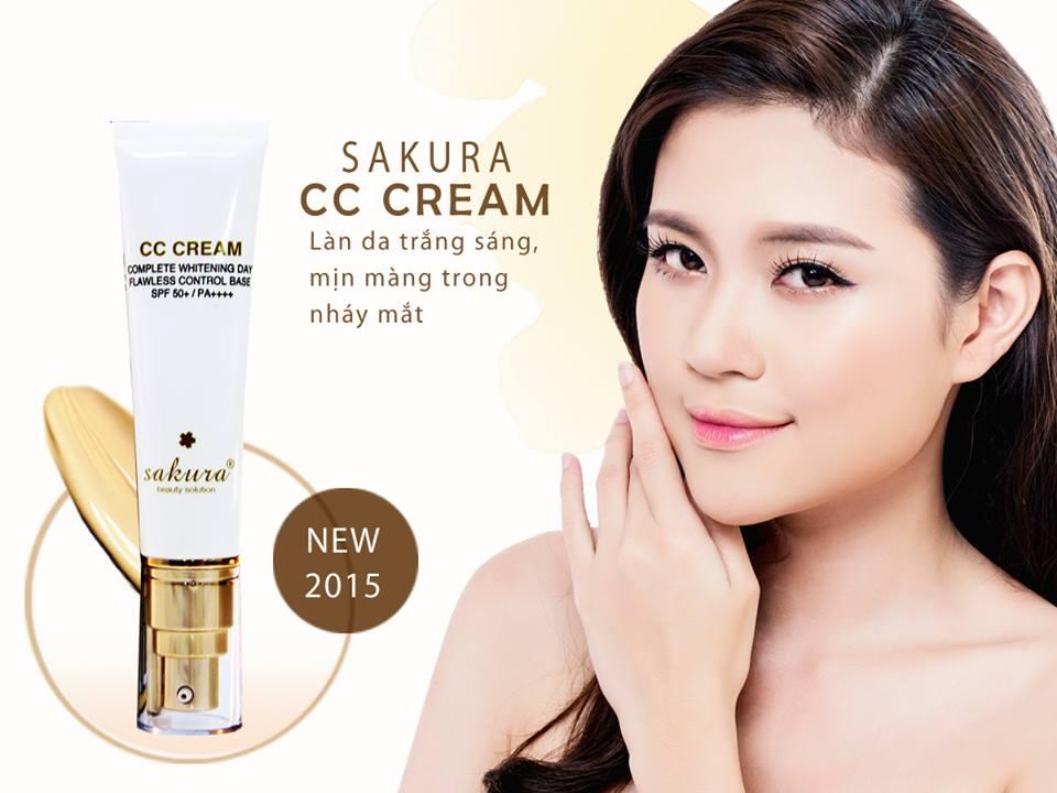 Kem dưỡng da trang điểm Sakura CC Cream tone màu light