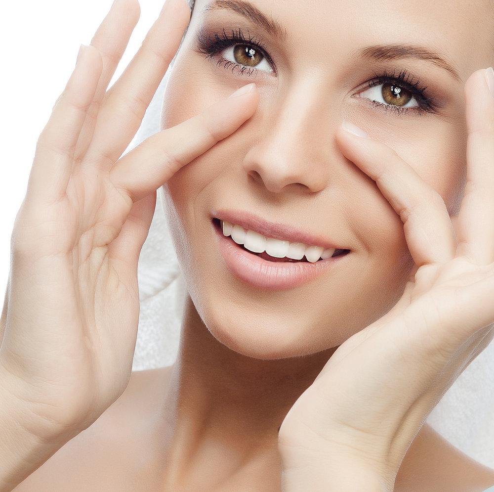Massage thường xuyên giúp da vùng mắt khỏe mạnh hơn
