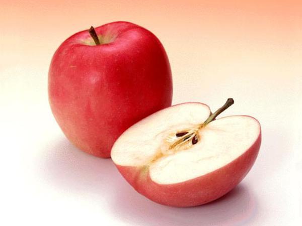 Táo cũng là một loại trái cây làm đẹp hiệu quả.