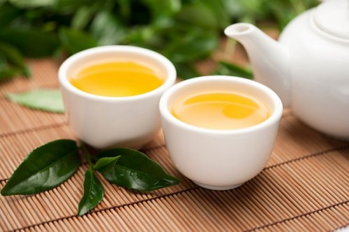 Uống trà xanh thường xuyên da sẽ khỏe đẹp và mịn màng hơn