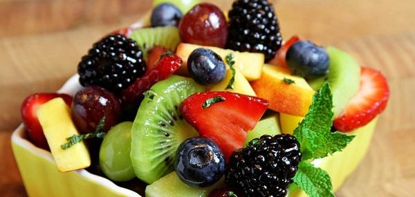 Ăn nhiều trái cây tốt giúp chống lão hóa da nhạy cảm