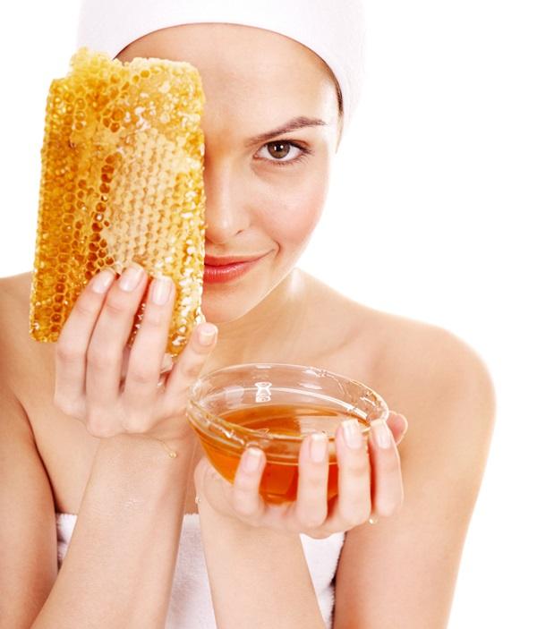 Mật ong chứa nhiều dưỡng chất tốt cho làn da của bạn