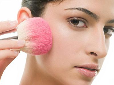 Bí quyết trang điểm khi có nếp nhăn