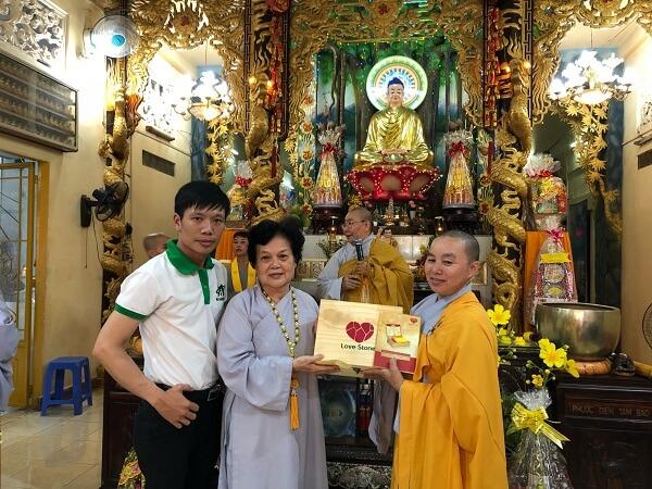 """Ông Mai Xuân Dưỡng - Tổng giám đốc Mai Hân Group vinh dự nhận danh hiệu """"Doanh Nhân Vì Cộng Đồng"""" năm 2017 hình ảnh 4"""