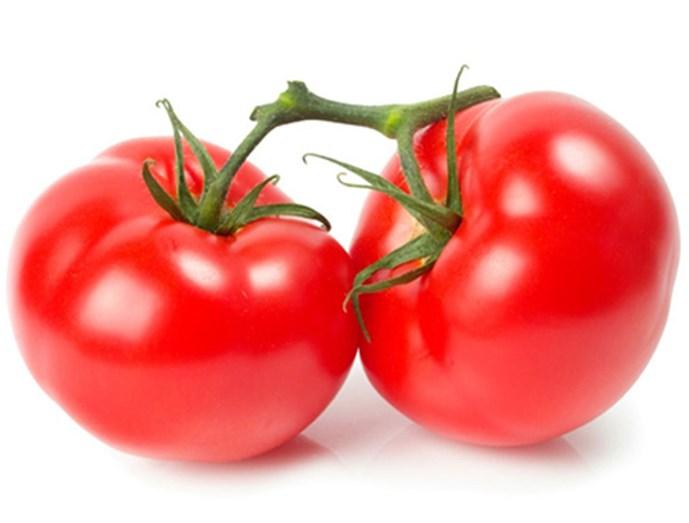 Cà chua nuôi dưỡng sạm đen trở nên trắng sáng nhanh chóng