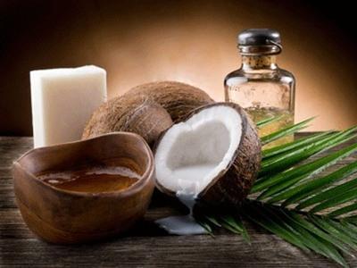 Dưỡng da với dầu dừa