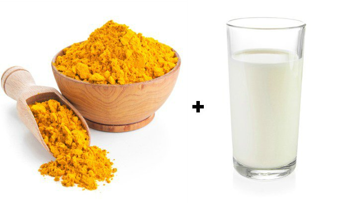 Sự kết hợp hoàn hảo giữa sữa tươi và nghệ giúp da tươi mới nhờ khả năng tẩy tế bào chết