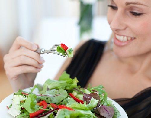 Bổ sung vào khẩu phần ăn nhiều rau xanh