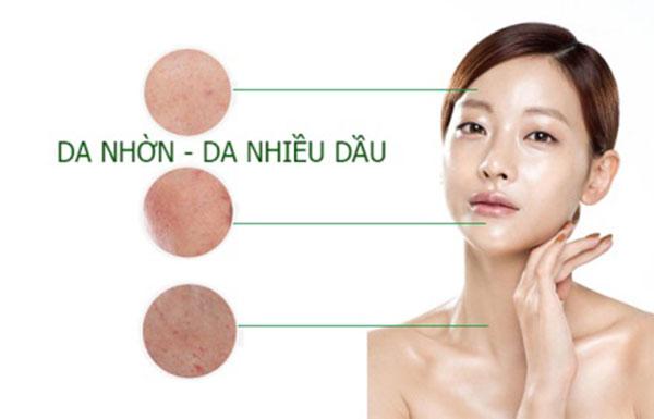 Chọn kem dưỡng ẩm cho da nhờn không chứa dầu hoặc không tạo nhân mụn
