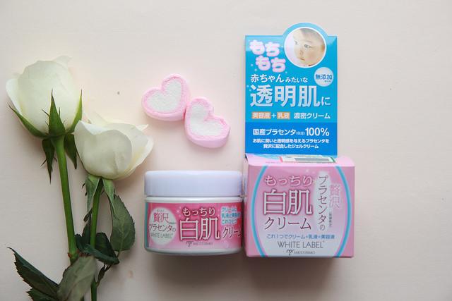 Dùng kem dưỡng trắng da White Label Fremium Placenta Cream bạn sẽ có làn da đẹp như da em bé