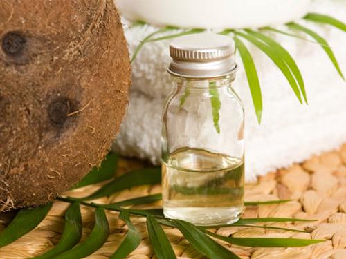 Dầu dừa có tác dụng trị nám da
