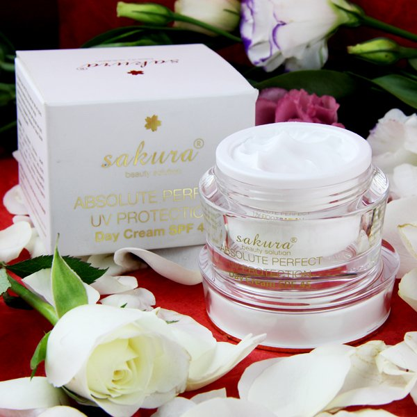 Ở đâu bán Sakura Absolute Perfect UV Protection chính hãng?