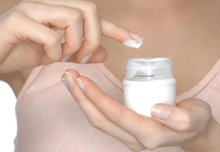 Kem trộn là mỹ phẩm kém chất lượng, không rõ nguồn gốc xuất xứ, gây hại cho làn da