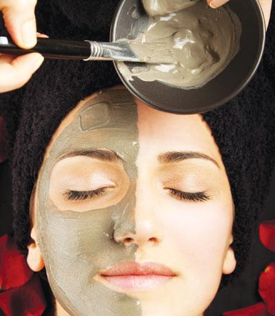 Tạo mặt nạ trị mụn đầu đen tại nhà