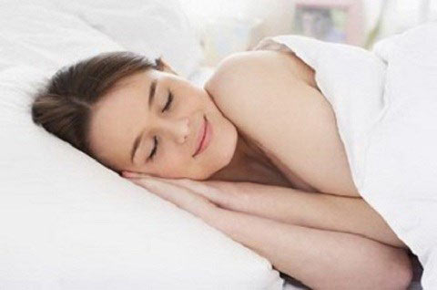 Ngủ đủ giấc, tránh lo âu là cách phòng chống nám hiệu quả