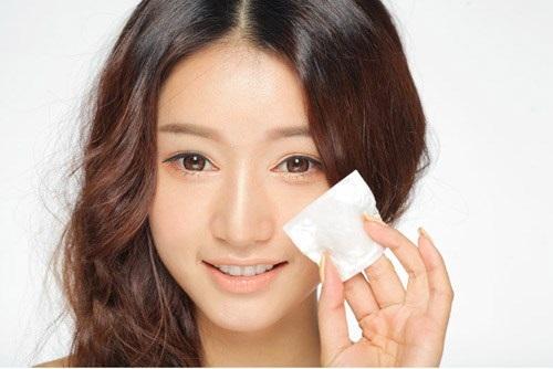 Chăm sóc da mùa hè của phụ nữ Nhật