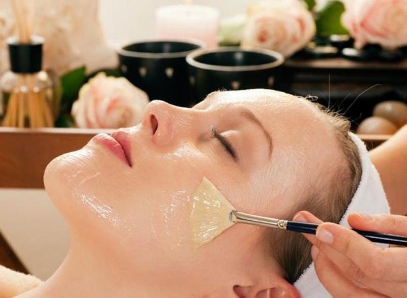Sử dụng dầu dừa cho làn da dầu nhờn và nổi mụn