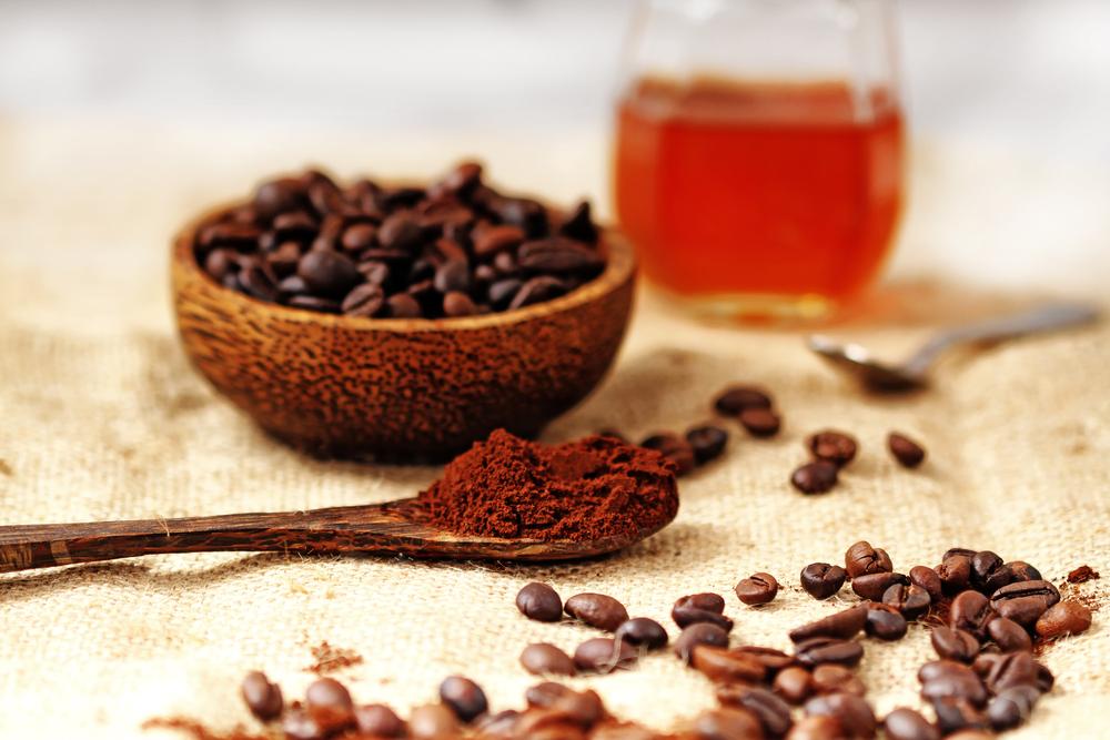 Công thức tắm trắng với cà phê và mật ong