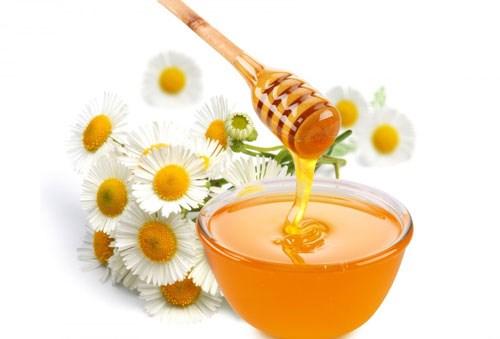 Đường và mật ong dưỡng ẩm cho da khô