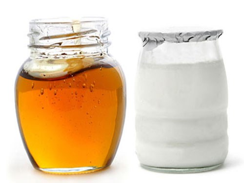 Sữa chua và mật ong có khả năng làm mờ nám