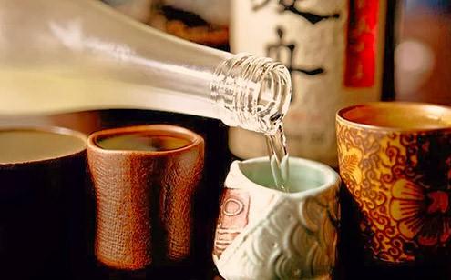 Nghệ và kết hợp với rượu trắng là một cách trị rạn da hiệu quả