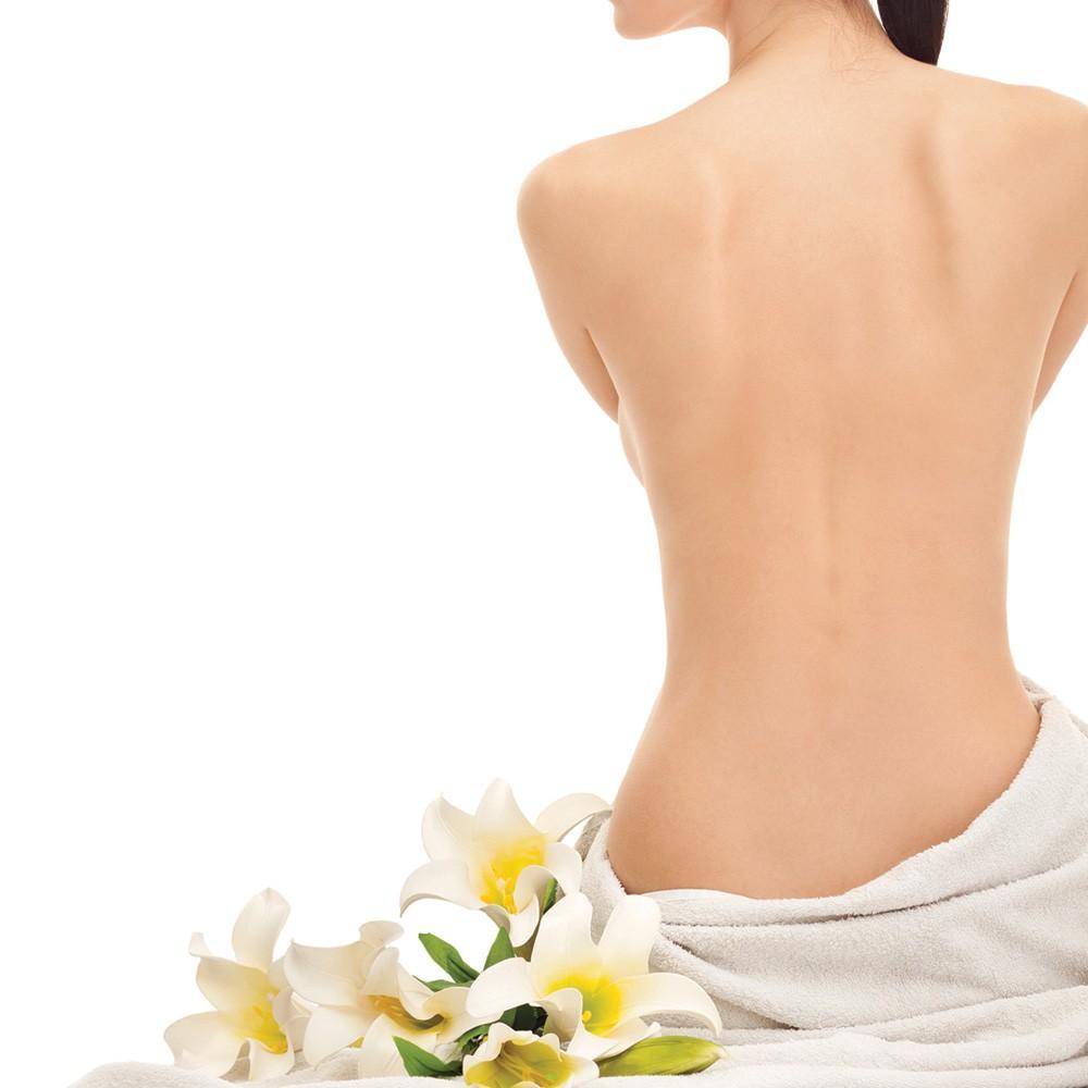 Tại sao khi tắm trắng phải cần dùng thêm kem dưỡng thể?