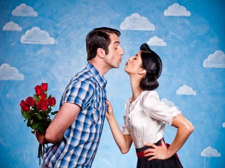"""Tuần lễ mua sắm """"sành điệu"""" tháng 10: """"Quà nhỏ tình to – Lấy quà khỏi lo"""" – Mừng ngày Phụ nữ Việt Nam 20.10"""
