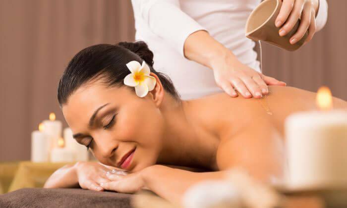 Những Lợi Ích Từ Việc Massage Cùng Tinh Dầu Thiên Nhiên